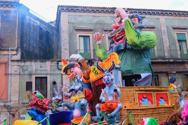 Карнавал на Сицилии
